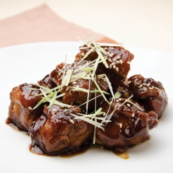 Pork ribs in sweetened vinegar sauce (for 2 persons)