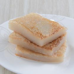 Glutinous Rice Cake with Fresh Coconut Milk (600G)